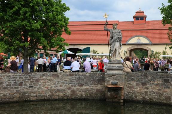 Das_Fürstliche_Gartenfest_Schloss_Fasanerie_004