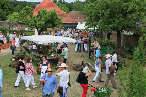 Das_Fürstliche_Gartenfest_Schloss_Fasanerie_014