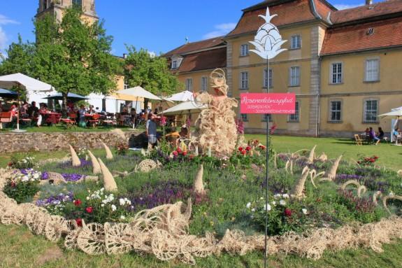 Das_Fürstliche_Gartenfest_Schloss_Fasanerie_029