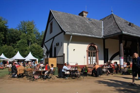 Fuerstliches_Gartenfest_Schloss_Wolfsgarten_009